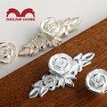 10 unids flor de Rose pintado marfil Cabinet Knob armario Dresser muebles cajón de la cocina perillas manija manijas de plata forro