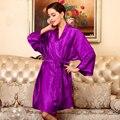 Seda caliente venta salón más tamaño ropa de noche de seda primavera verano otoño damas de ocio de gran seda Robes mujeres hombres batas