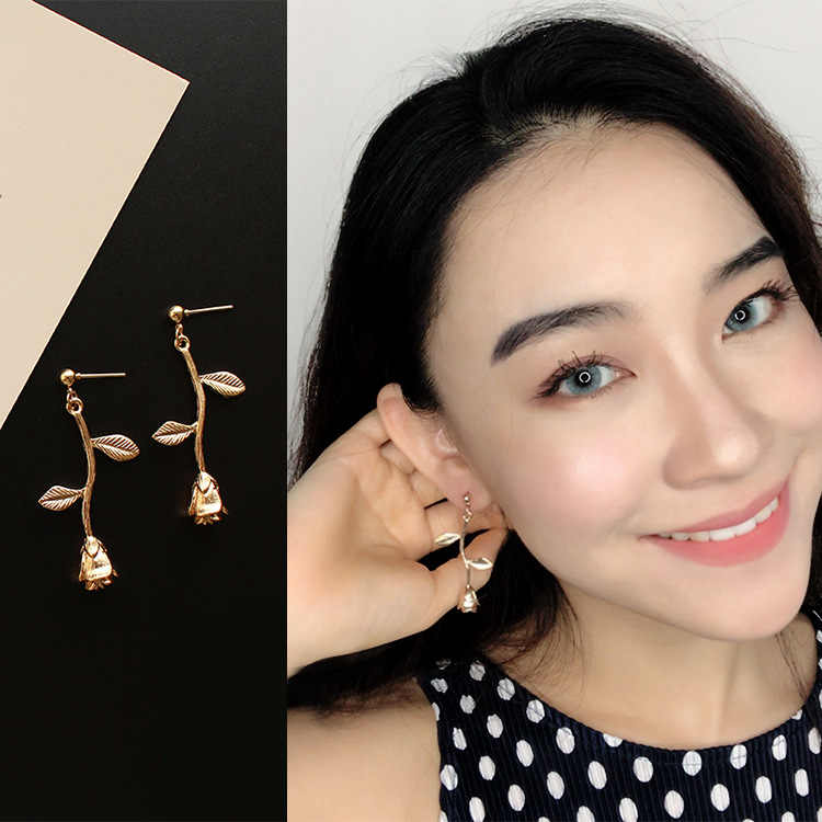 2018 Female Fashion Earrings Metal Contracted Earrings Korean Woman Rose Flowers Drop Earrings Pendientes Wholesale