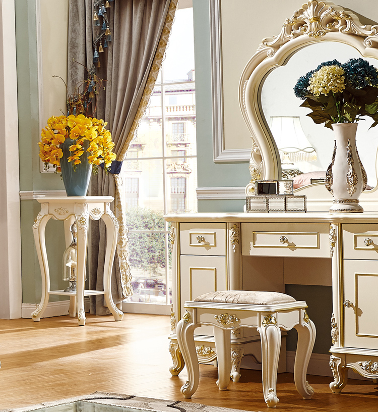 Classical Hand Carved Bed Room Furniture American Solid Wood Royal
