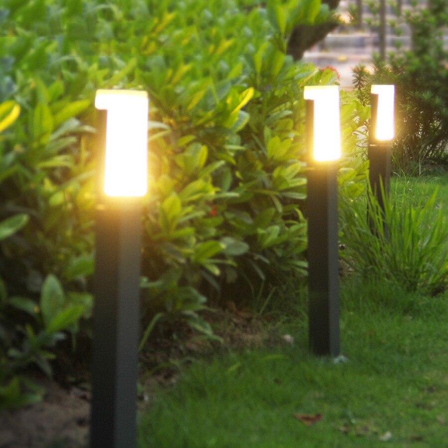 iluminação diferenciada traz mais charme ao seu jardim.