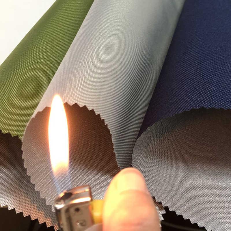 Boyutu 1*1.5 metre 600D DTY düşük streç iplik gümüş kaplama yanmaz uv gümüş oxford alev geciktirici, katlanır garaj