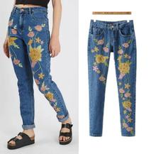 Новое прибытие цветок вышивка джинсы модные женские джинсовые брюки карандаш