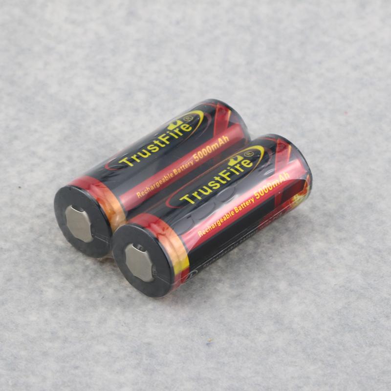 Prix pour D'origine TrustFire 3.7 V 5000 mAh 26650 Rechargeable Li-ion Batteries Avec Étiquettes De Sécurité 26650 Batterie Protégée 2 Paire (4 PCS)