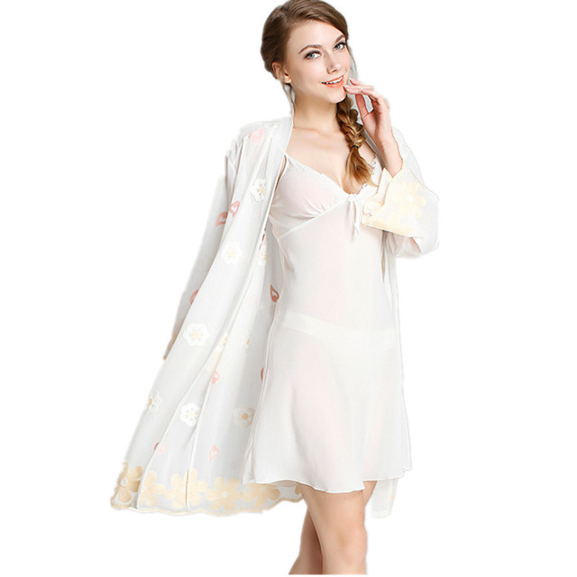 Long Sleeve Sexy Women's Lace Robe Set Free Shipping New Design Summer Nightwear With Flower Embroidery Ladies Plus Size Robe