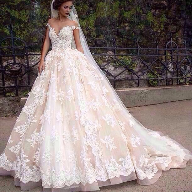 2016 Custom Made A Line Lace Wedding Dress Scoop Neckline Ruffle Fashion Sexy Appliques Bridal Gown