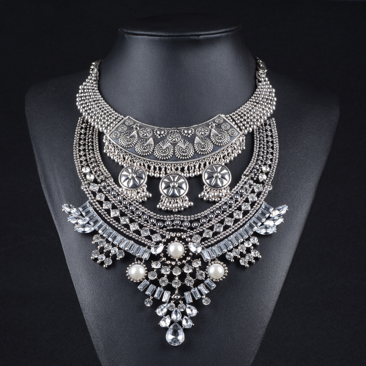 New Vintage Silver Plated Chunky Statement Necklac...