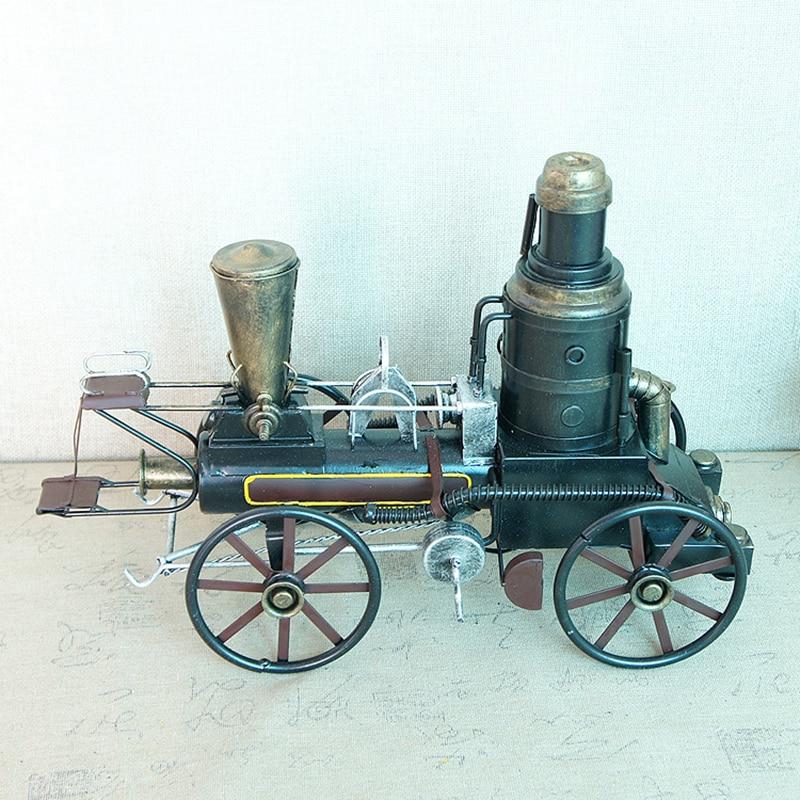 Vintage Hand Steam Locomotive Metal Garden Ornament Home Decorative Sculpture
