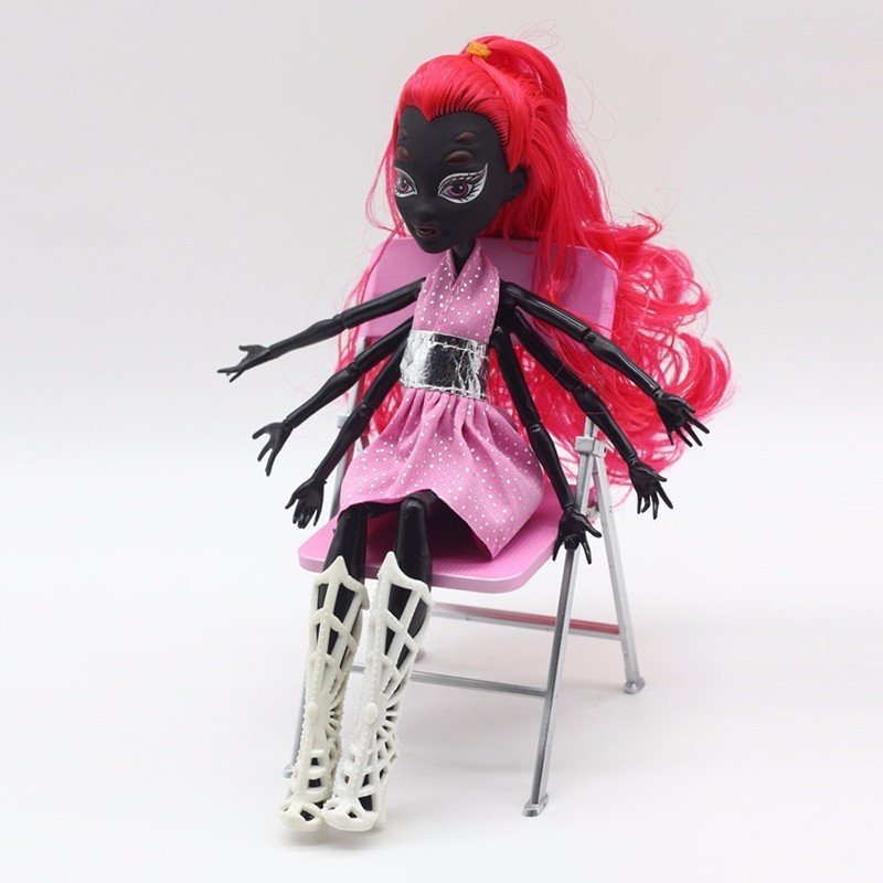 4Pcs/Lot Amonster High Dolls Draculaura/Clawdeen Wolf/ Frankie Stein / Black WYDOWNA Spider Moveable Body Girls Toys Gift 28CM