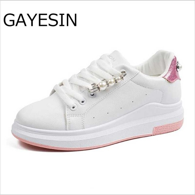 2018 Fashion Sneakers Women Flat Heel Rhinestone Casual Shoes Soft Women  Sneakers Ladies Brand Shoes Pink Black Silver white d065154cb464