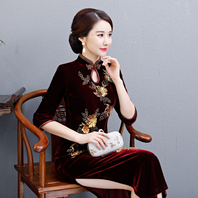 Floral Hiver Mode Cheongsam 4xl Vintage Taille Perles Split Qipao Haut Demi Bourgogne Velours De Robe Longues Dames Robes Grande Manches Nouveau x1H6HE