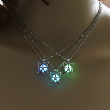Glowing Butterfly Women Pendant Necklace Cute Luminous Stone Jewelry Glow