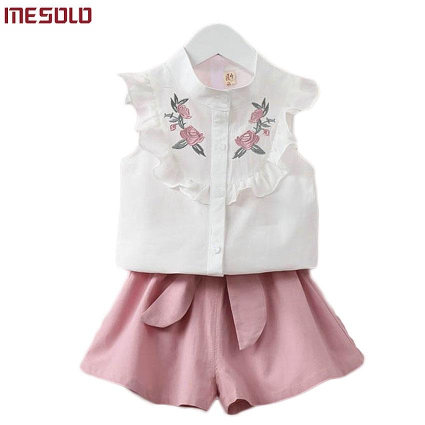 2017 summer Korean baby girls clothing set children heart shirt+bow shorts suit 2pcs kids floral bow clothes set suit