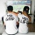 Мужская и женская хлопковая футболка с короткими рукавами и надписью «MR. GOOD and MRS. LIFE» - фото