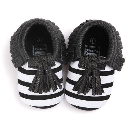 Romirus Fashion Suede PU Leather baby Moccasins Infant Toddler Newborn Baby girls First Walkers Soft crib Shoes Footwear