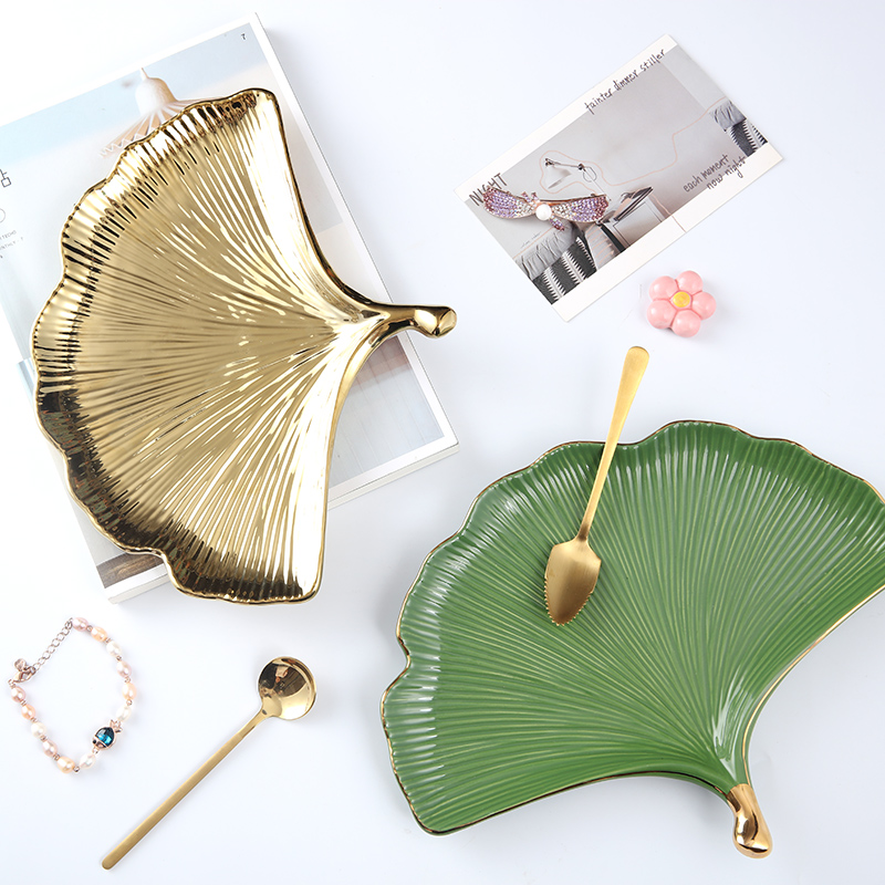 Creative Ginkgo Leaf Nordic Green Gold Home Decoration Ceramic Plate / Plate / Storage Plate / Coffee Table Tray