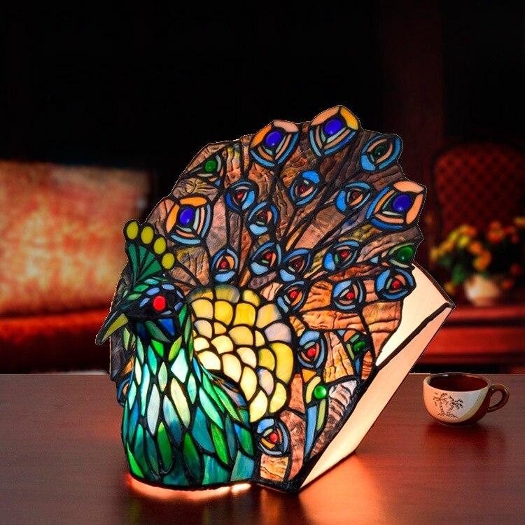European style Tiffany art glass peacock table lamp Thai Phoenix bar living room dining room bedroom decorative lamp