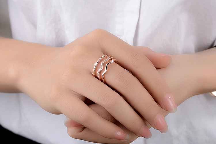 Hot sell fashion shiny crystal women ring gift 925 sterling silver ladies finger rings jewelry birthday gift female cheap in Rings from Jewelry Accessories