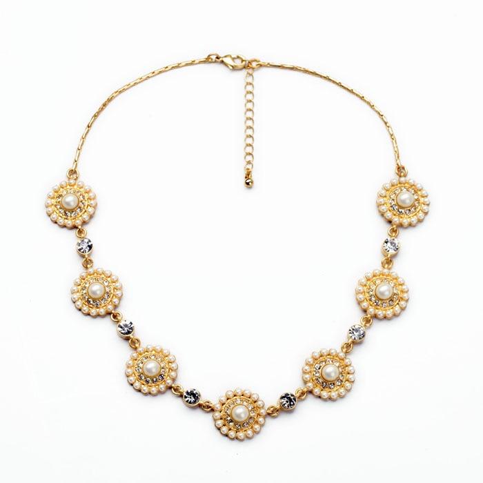 Zora loja new arrival delicado elegante lady presente brilhante da cor do  ouro simulado pérola flor choker colar 506a27a821