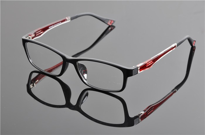 c4 black red frame (1)
