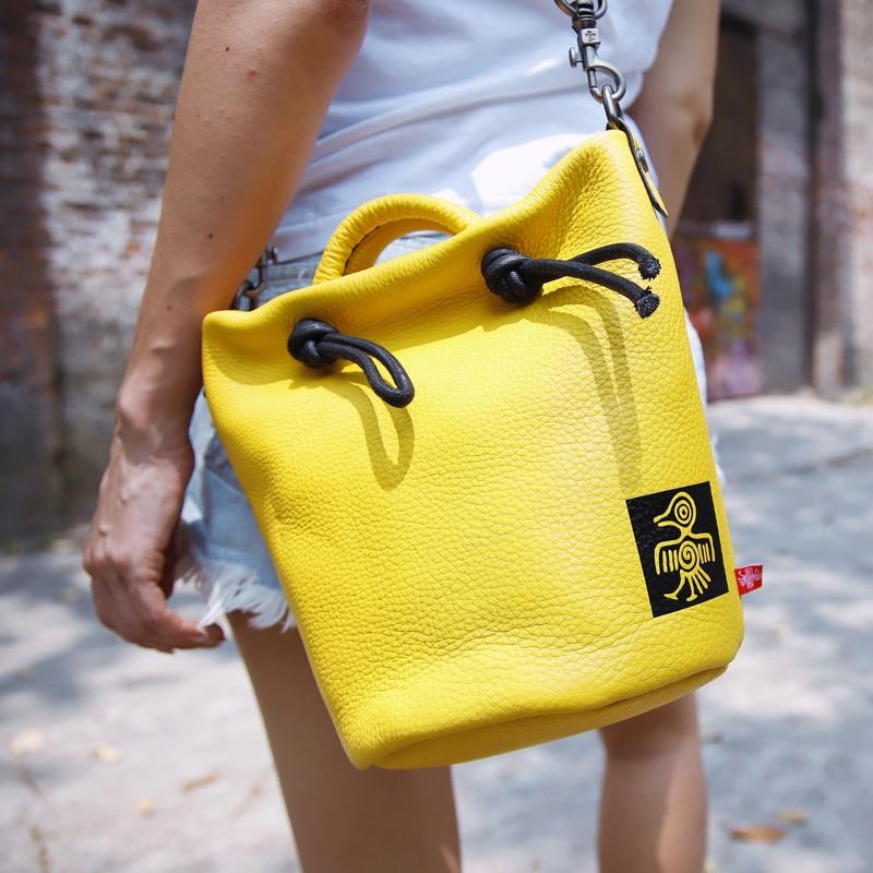 Sunbird wiadro torba miękkie prawdziwej skóry kobiet torba na ramię panie Croobody torba 2019 torebki skórzane małe torba vintage w Torby z uchwytem od Bagaże i torby na  Grupa 1
