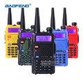 Radio portátil baofeng uv-5r 5 w doble banda vhf/uhf de mano de dos vías de radio cb walkie talkie jamón comunicador de radio transceptor