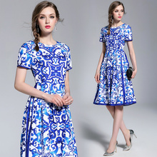 40aa79b0b506 2019 New women s Summer Dress clothes fashionable Short - sleeved blue and  white porcelain print elegant