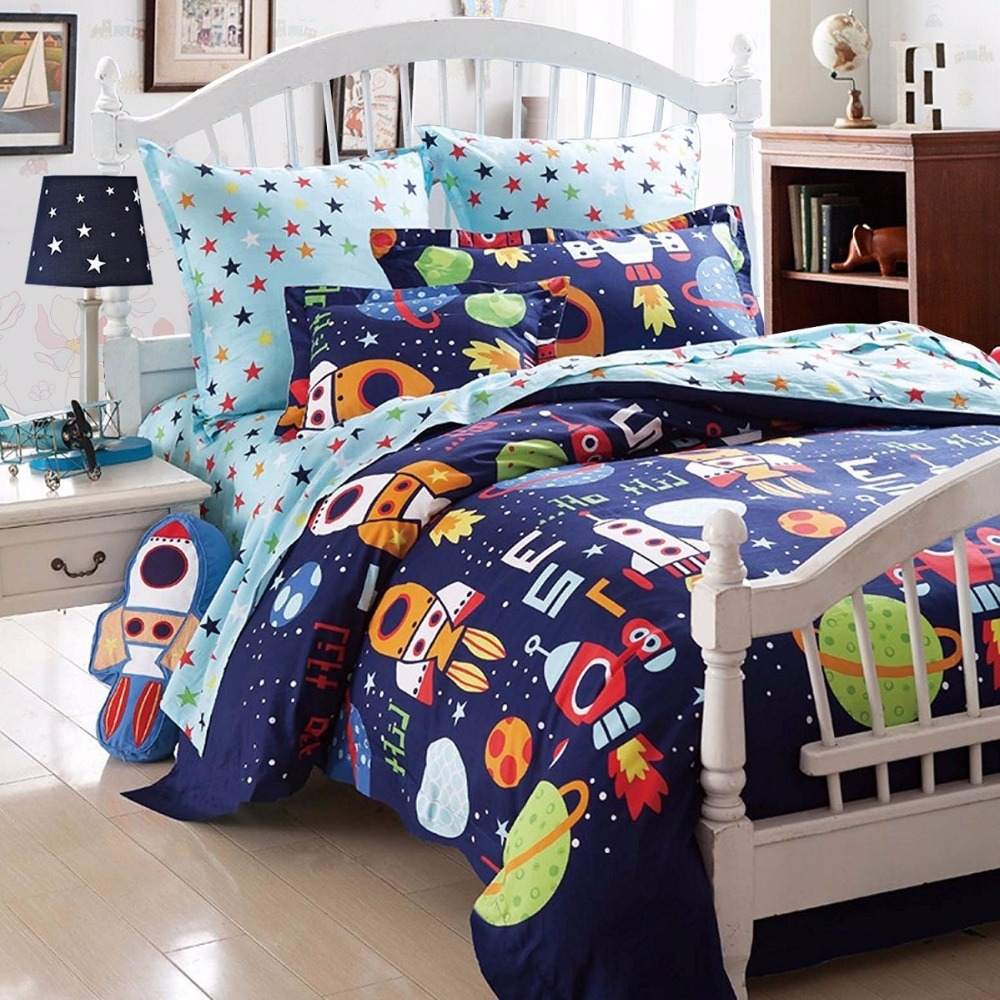 boys bedding sets space adventure bedding set 100 cotton queen size kids teen bedding rockets. Black Bedroom Furniture Sets. Home Design Ideas