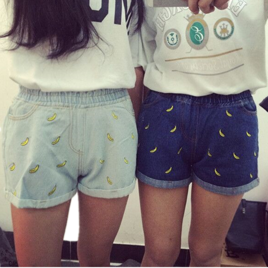 New 2016 Banana embroidered Blue Lady jeans shorts summer Korean elastic waist straight women fashion Denim shorts women Z2132