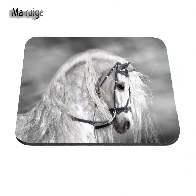 White Horse Running 2017! New Custom Dest Computer Gaming Mouse Pad for Size 18x22cm and 25x29cm And 25*20cm As A Gift