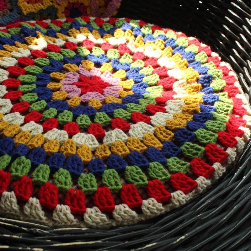 Multi couleur ronde à la main canapé tapis coussin de siège pour chaise en plein air thé cérémonie à la main Crochet décoration couverture feutre