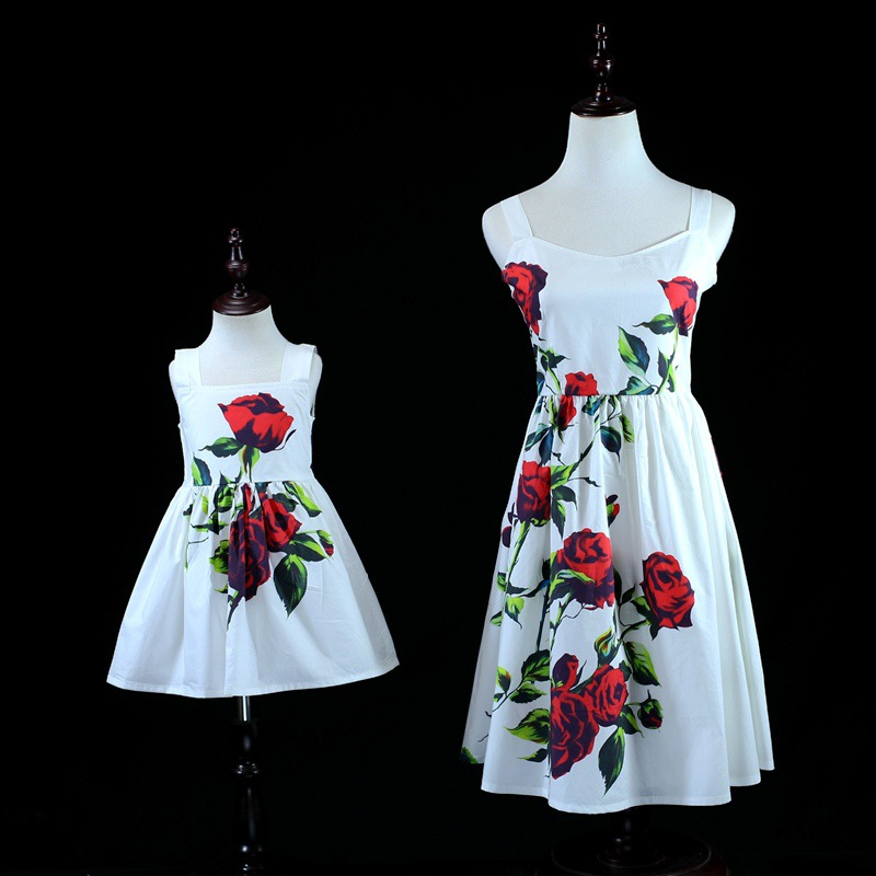 2018 New Mother Daughter Dresses Rose Flower White Girls Princess Dress Best Friends Wedding Family Look Mom and Daughter Dress