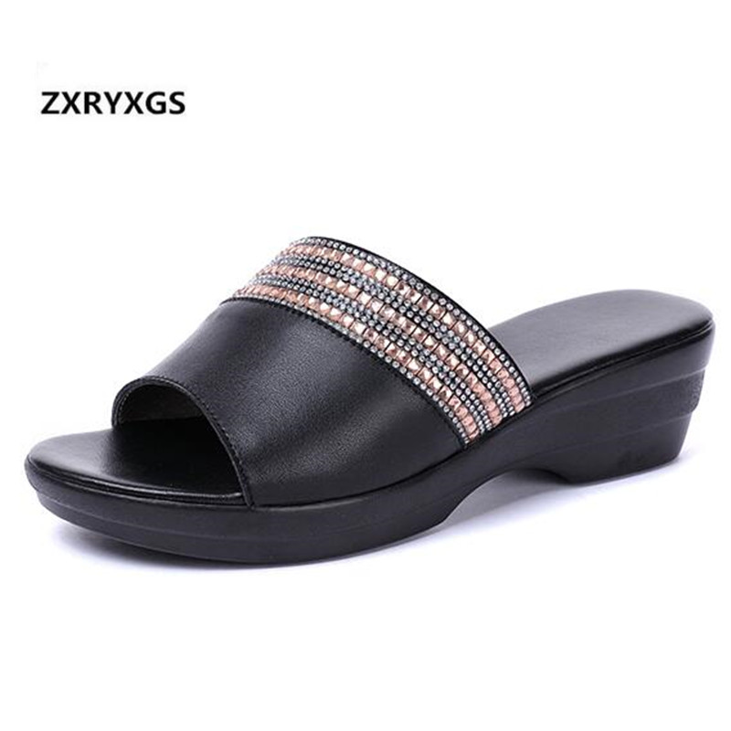 2019 New Summer Fashion Rhinestone Cow Leather Shoes Woman Large Size Women Slippers Non-slip Comfort Wedges Shoes Women Sandals2019 New Summer Fashion Rhinestone Cow Leather Shoes Woman Large Size Women Slippers Non-slip Comfort Wedges Shoes Women Sandals