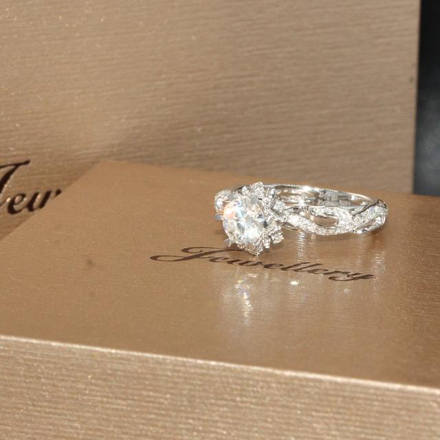 9K White Gold 0.5CT Lab Grown Diamond Wedding Engagement Ring