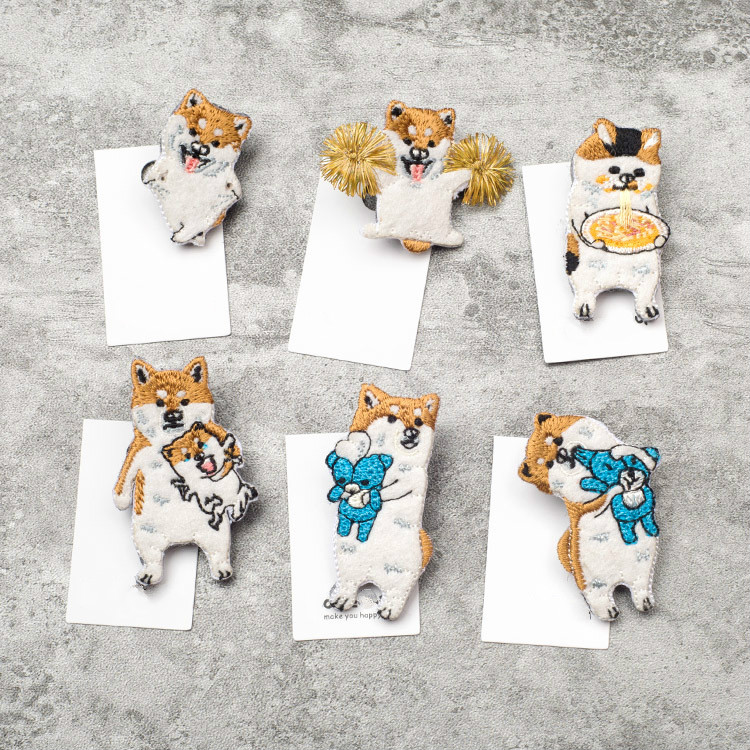 Japanese Style Cartoon Animals Brooches Shiba Inu Dog Embroidery Pin For Girls Lapel Pin Hat/bag Pins Women Badge Q791