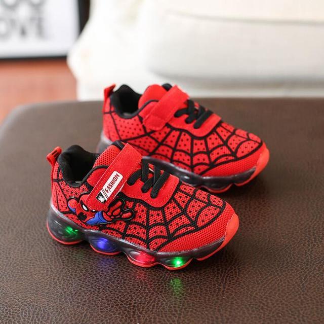 gran venta lindos zapatos calidad confiable Nuevos zapatos de dibujos animados para niños Spider Man, zapatillas  luminosas niños, calzado malla marca, intermitentes bebés, informales