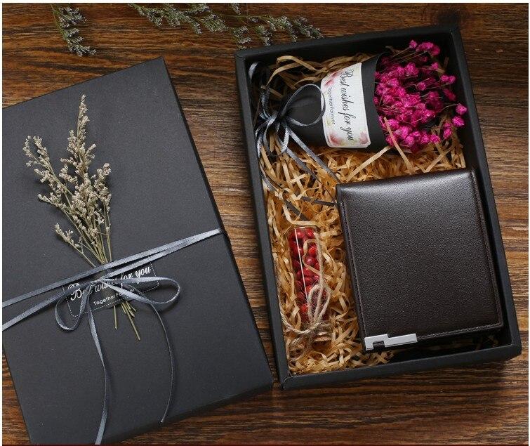 Livraison Gratuite en vente 1 pièces logo Personnalisé cadeaux d'anniversaire pour homme garçon ami valentin portefeuille en cuir Personnalisé boîte-cadeau