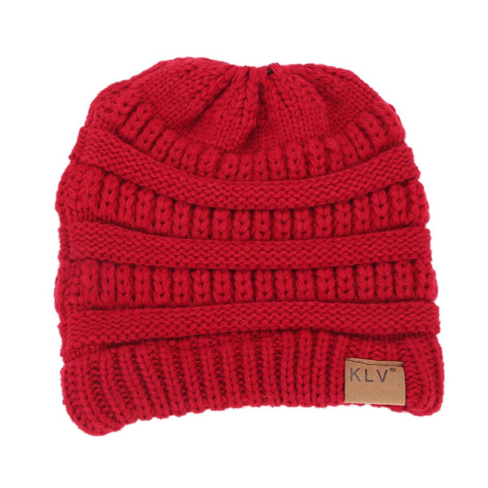 2018 Casual Solid Color Unisex Europe And American Autumn And Winter Hedging Labeling Knitting Ponytail Cap Ladies Wool Cap