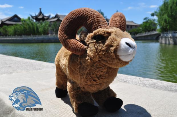 Stuffed Toys Children Rocky Mountain Horn Sleep Doll Simulation  Animals Goat Plush Toy Gift Store stuffed toys
