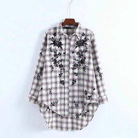 2017 Autumn Winter Floral Embroidery Plaid Shirts Cotton Turn Down Collar Long Sleeve Loose Shirt Women