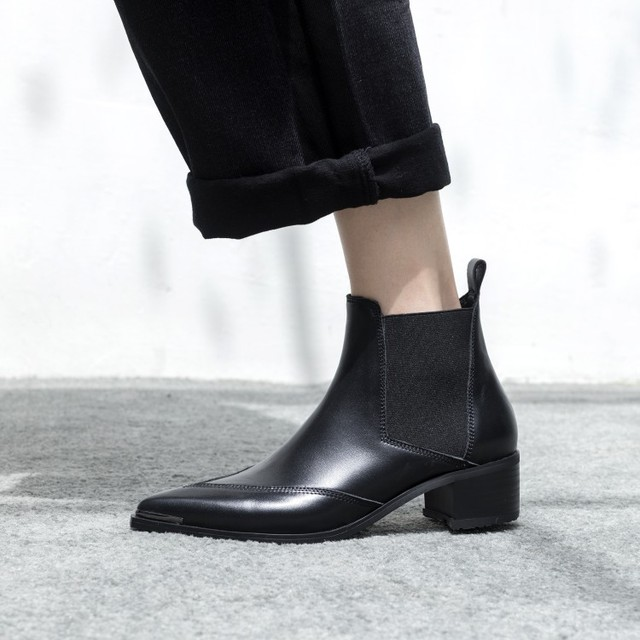 7d1c6d7fd422 Simple Black Cow Leather Chelsea Boots Pointed Toe Flat Ankle Boots Autumn  Shoes Women