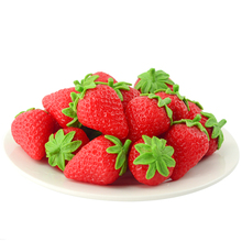 050 Simulated Strawberry Model/PVC Fake Fruit Projects/Simulated Photographic Decoration of 4.5*3cm