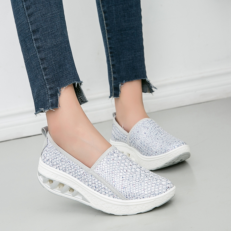 New Design Women s Sequins Sneakers Crocodile Pattern Outdoor Fitness Shoes  Eye catching Height Increase Slimming Shoes Big Size-in Running Shoes from  ... 9af4b3e378de