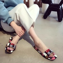 2017 New 100% Silk Comfort Summer Slippers Flat Shoes Luxury Designer Cristal Sandals Bling Slippers Sandals Pantoufle Femme