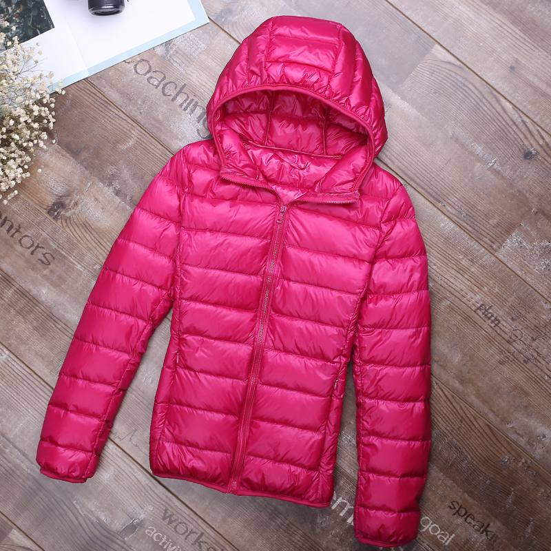 Autumn Winter Women Ultra Light Down Jacket Female 90% White Duck Down Hooded Warm Slim Coat Parka Solid Color Down Outwear Q177