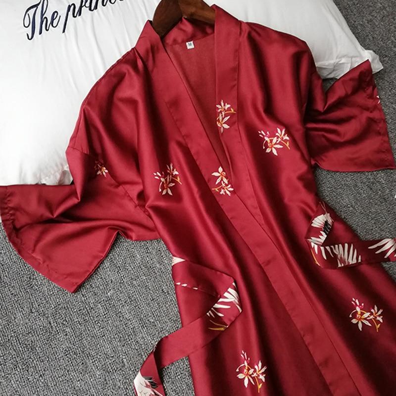 Image 2 - Summer Women Silk Short Sleeve Bridesmaid Robe Sexy Lingerie Sleepwear Nightgown Elegant Robes Satin Print Kimono Bathrobe-in Robes from Underwear & Sleepwears