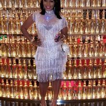 Высокое Качество Серебряное платье с открытыми плечами и кисточками до колена вечерние костюмы для танцев в ночном клубе