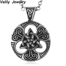 "EdgLifU Men Choker Necklace Black Irish Knot Flower Triquetra Pendant Necklace Stainless Steel with 23"" chain party gift"