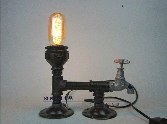 Industrielle rétro style tuyaux en acier bureau table lampe lumière