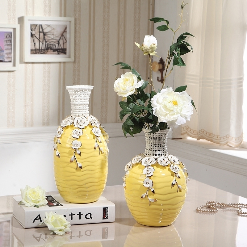Jingdezhen high quality ceramic Vase handmade yellow Large vases Household tabletop crafts living room Wedding decoration
